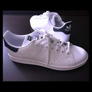 New Adidas Stan Smith black sneaker